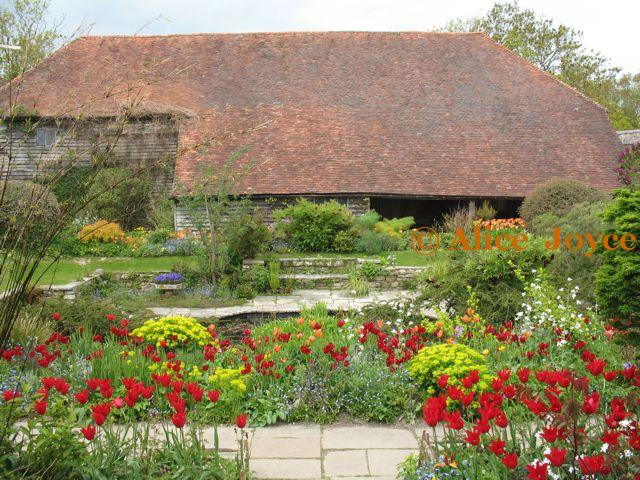 Great Dixter Legacy Of Christopher Lloyd Alice S Garden Travel