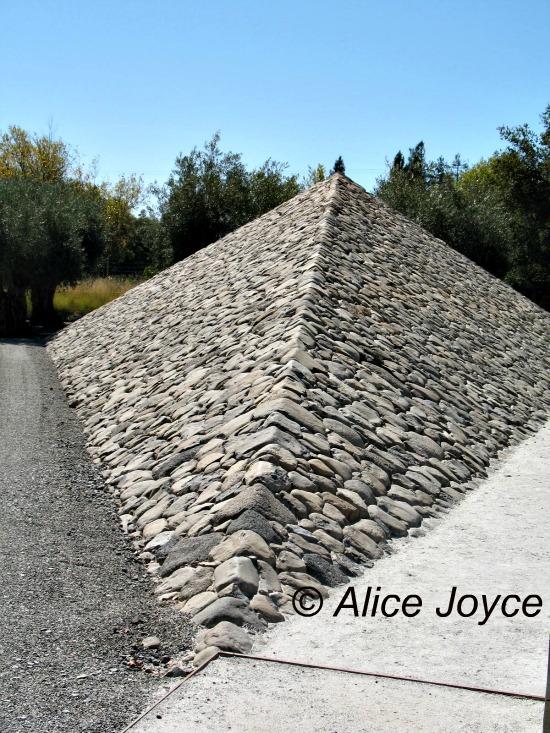 Stone Garden Farms Stone edge farm and vineyards sonoma alices garden travel buzz stone edge farm pyramid photo alice joyce workwithnaturefo