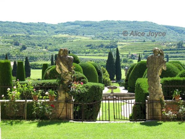 Villa Arvedi Perfection In An Italian Landscape Garden Alice S